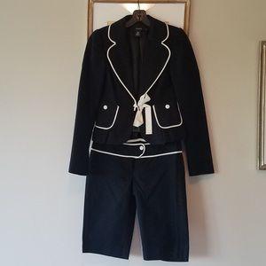 2Piece Arden B casual suit!